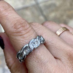 DIAMOND ENDLESS KNOT ETERNITY BAND